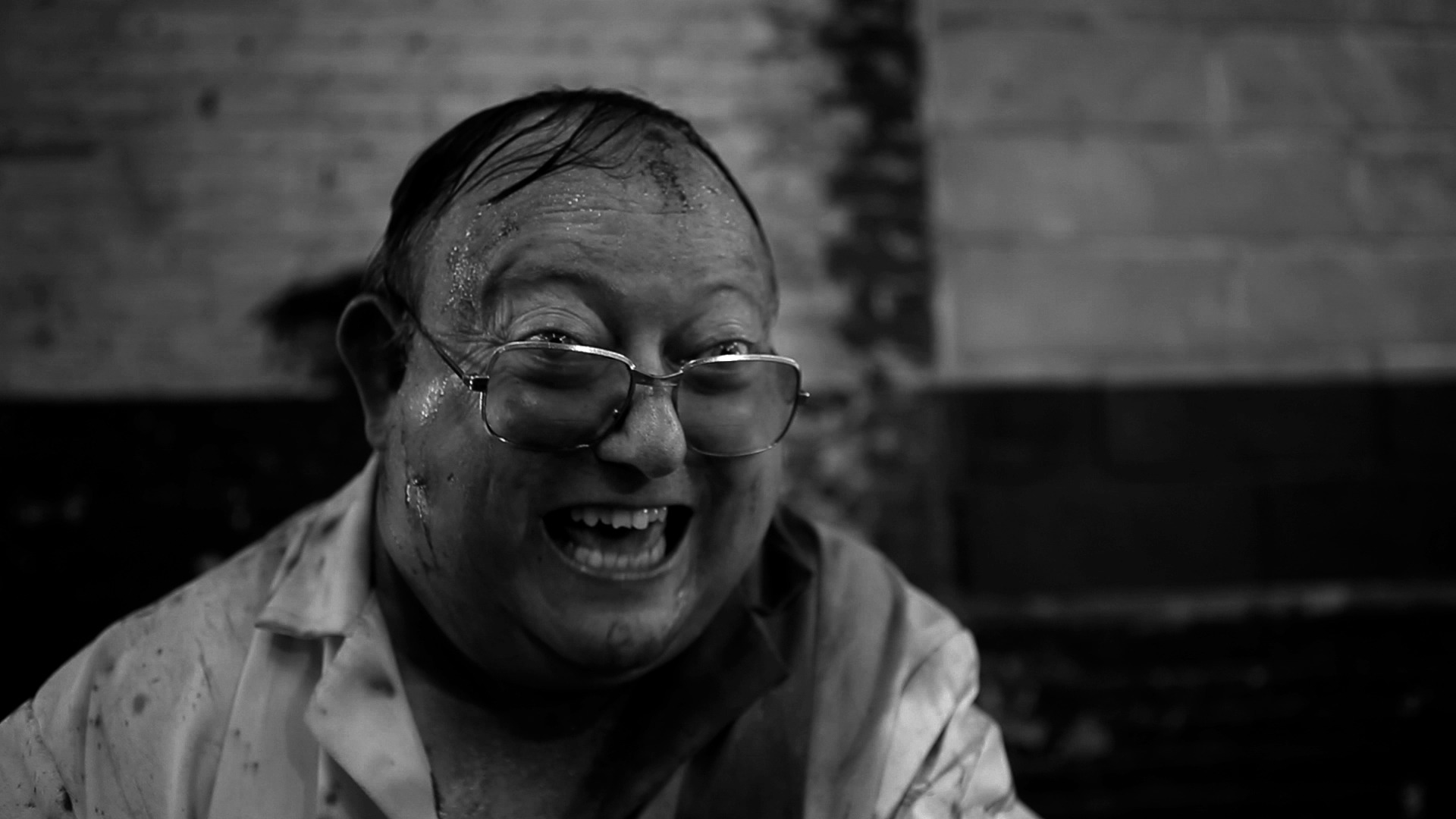 The Human Centipede: di che cosa parla la saga cult di Tom Six