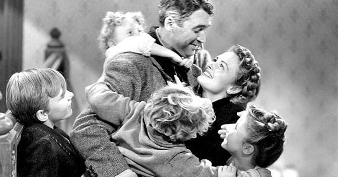 La finestra sul cortile (1954), la recensione: il capolavoro di Alfred Hitchcock è un film sul cinema