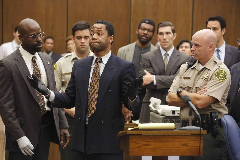 Ratched (2020), stagione 1: la recensione della serie tv Netflix di Ryan Murphy, un mix di glamour e violenza
