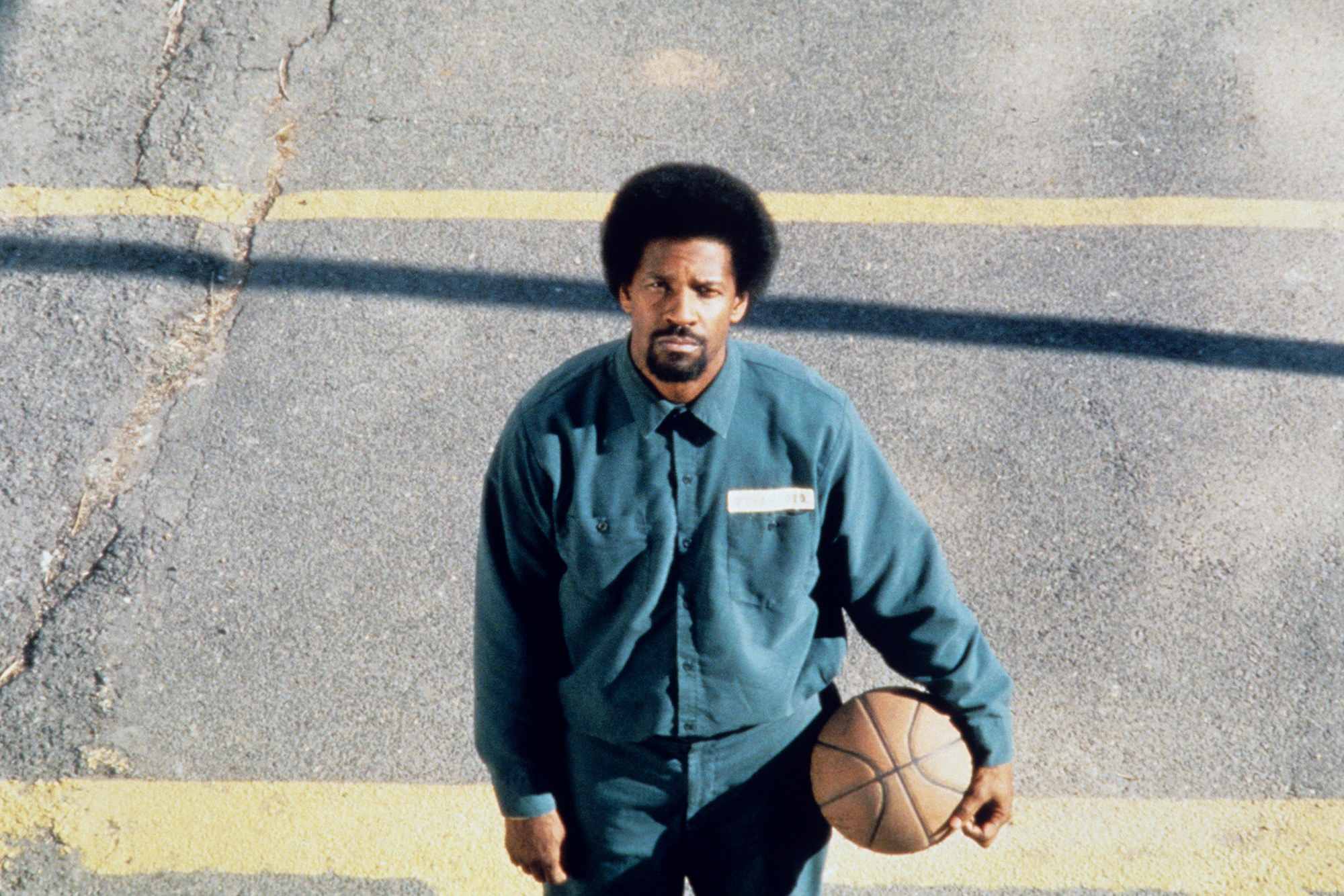 denzel-washington-nel-film-he-got-game-1600448684.jpg