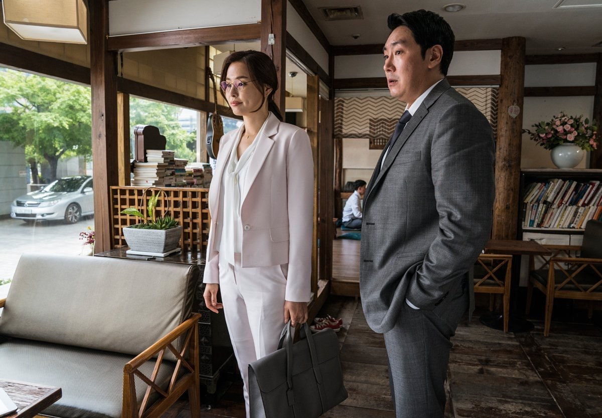 Black Money di Chung Ji-young: la recensione del film che apre il Florence Korea Film Fest